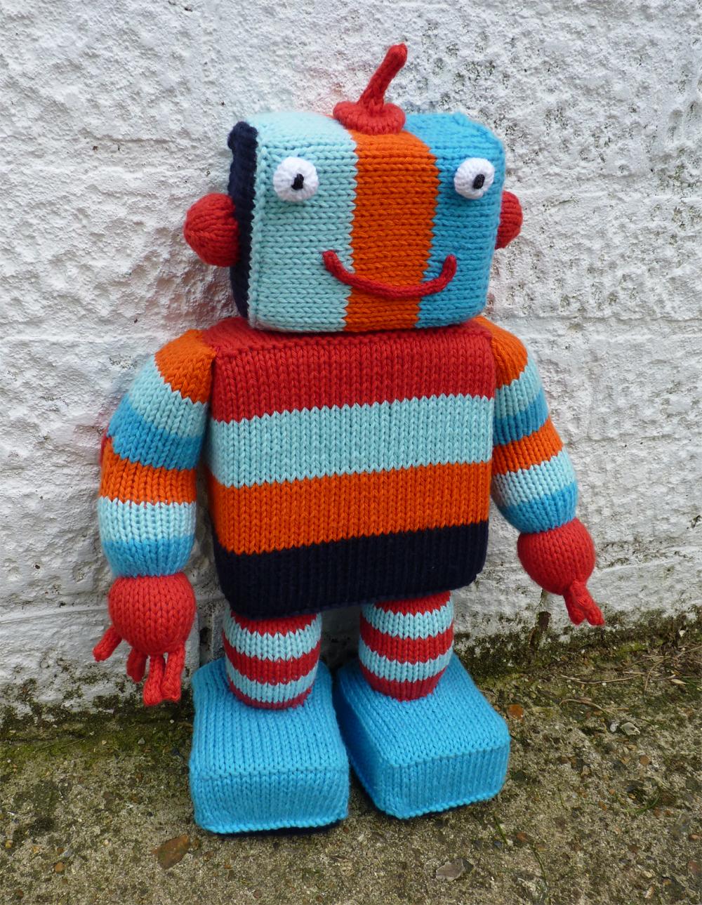 Little Cotton Rabbits: mr Ro-bot