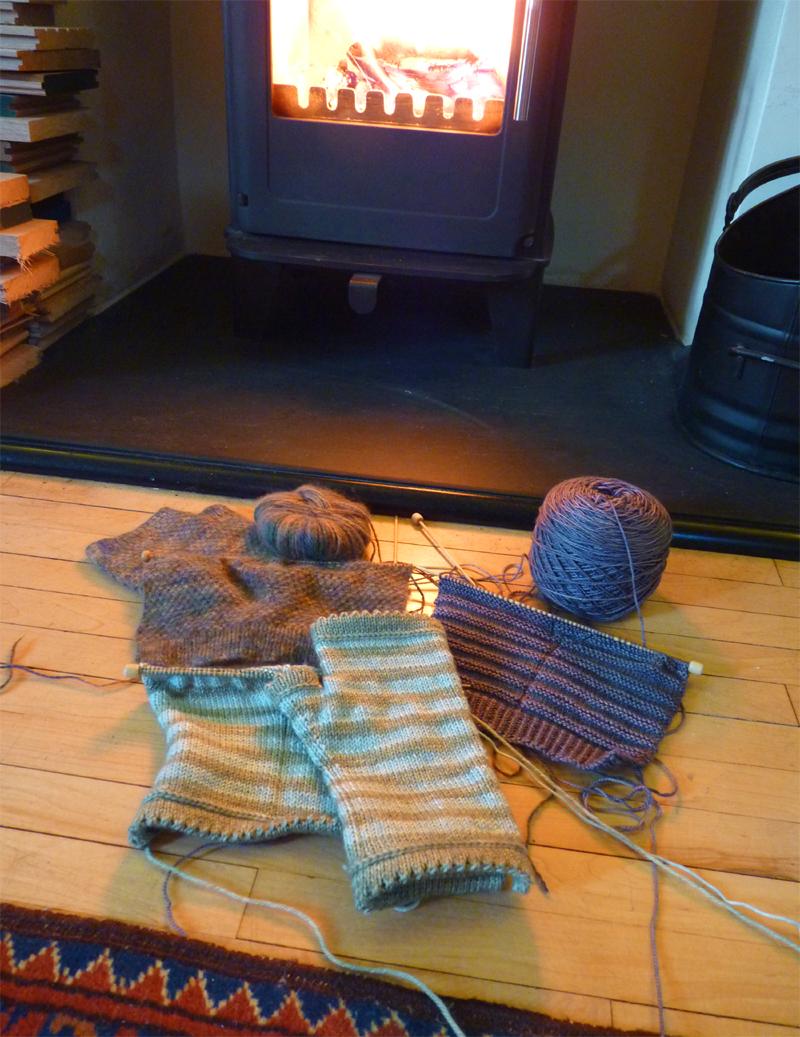 Knittingbythefire