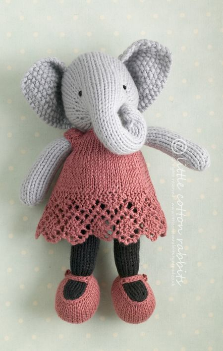 Knitting Pattern Small Animals : Little Cotton Rabbits: Little things to help