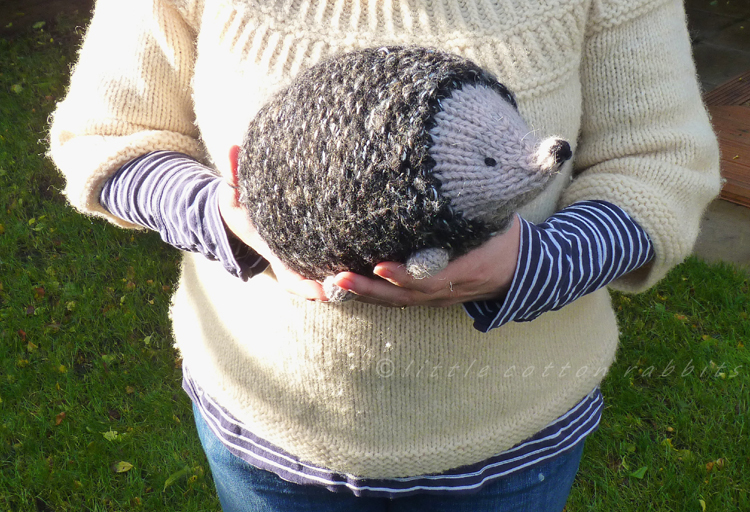 Stuffed Hedgehog Knitting Pattern : Little Cotton Rabbits: a prickle of hedgehogs