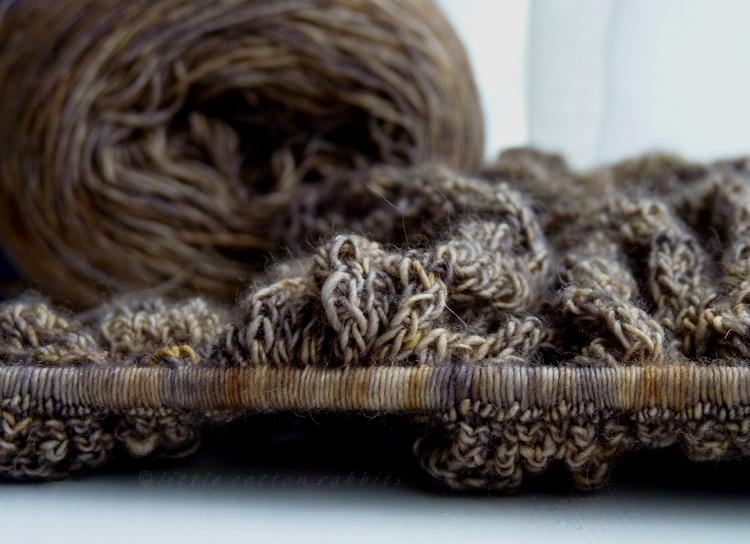 Pebble shawl