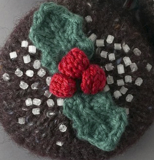 Knitting Patterns Uk : Free knitting patterns: knitted holly