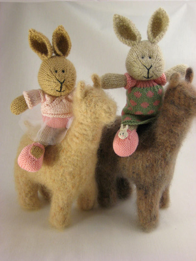 Bunnies_with_alpacas_2